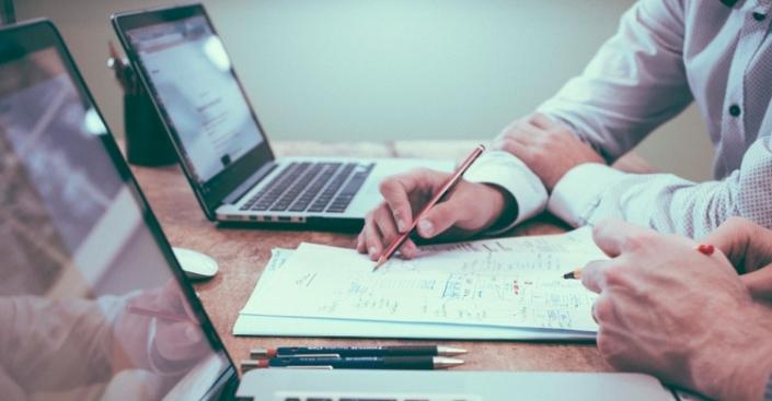 چرا تولید محتوا برای رونق کسب و کارها مهم است؟ | اهمیت تولید محتوا برای رونق کسب و کارها
